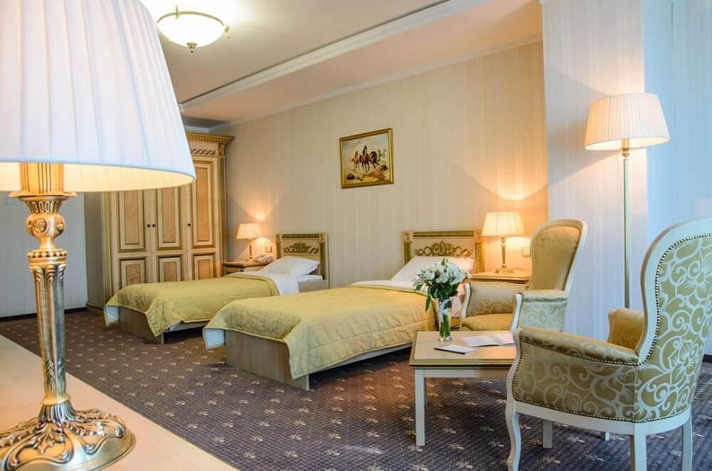 Отель SK Royal