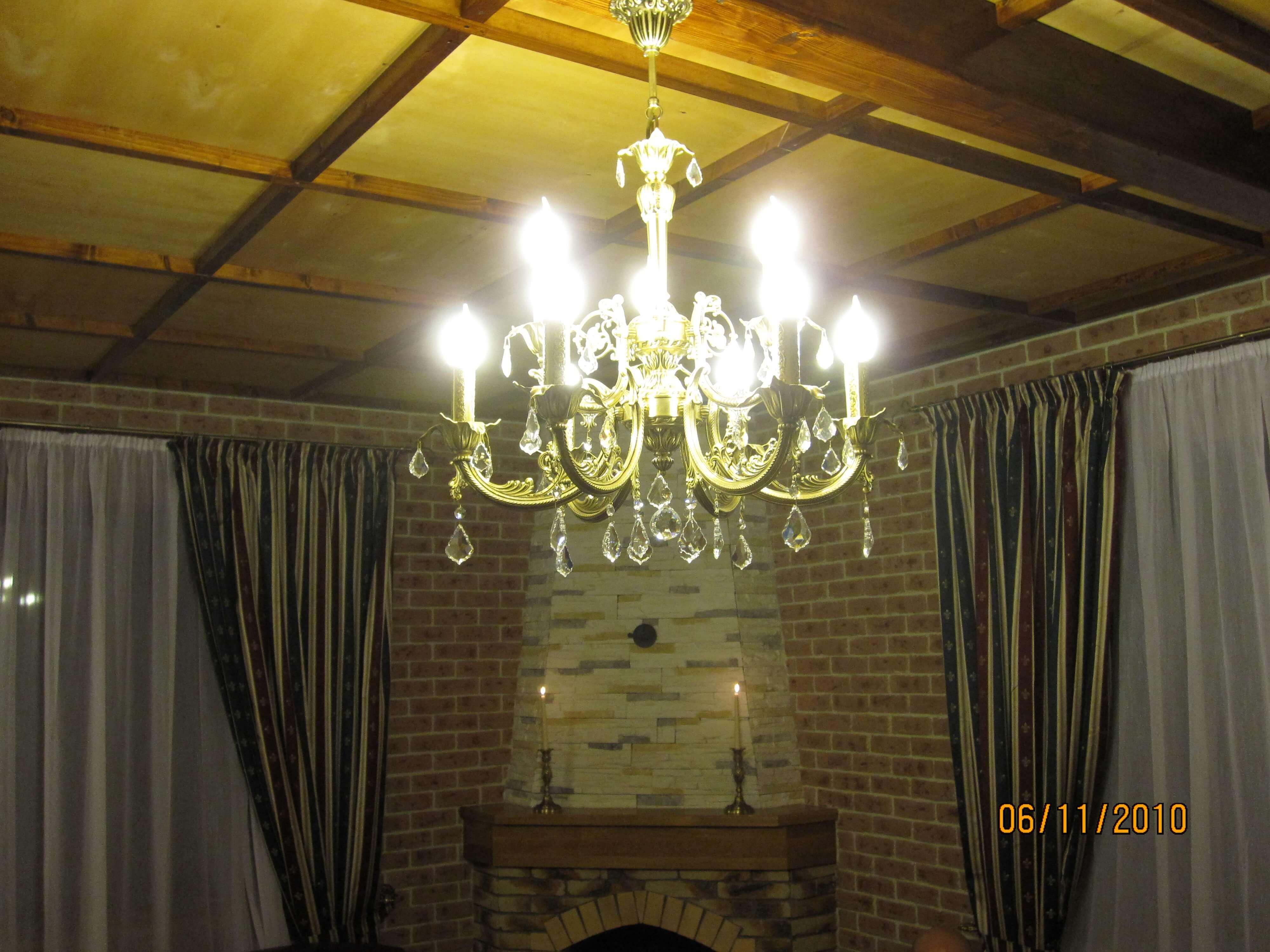 Двухъярусная люстра со свечами Марбелья 6+3 в частном доме